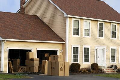 iStock_000002589393Medium_house_with_boxes